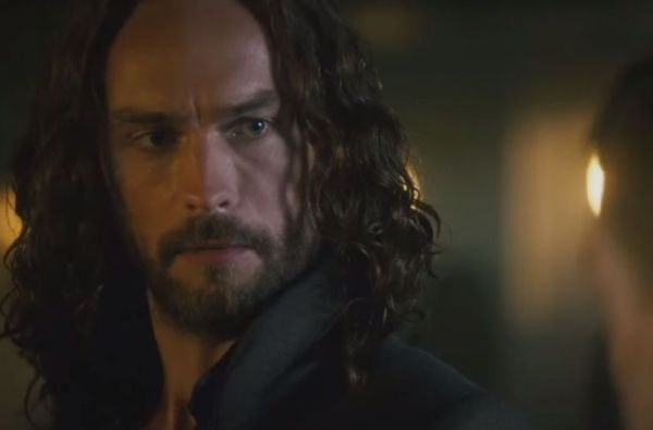 Sleepy-Hollow-2x06-3-850x560